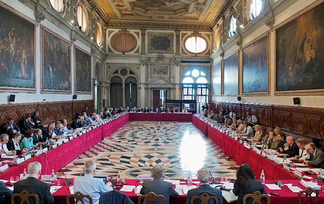 Законопроект №6011 об антикоррупционных судах должен быть отозван, — Венецианская комиссия