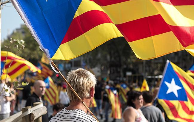 В Испании суд освободил под залог шестерых экс-министров Каталонии