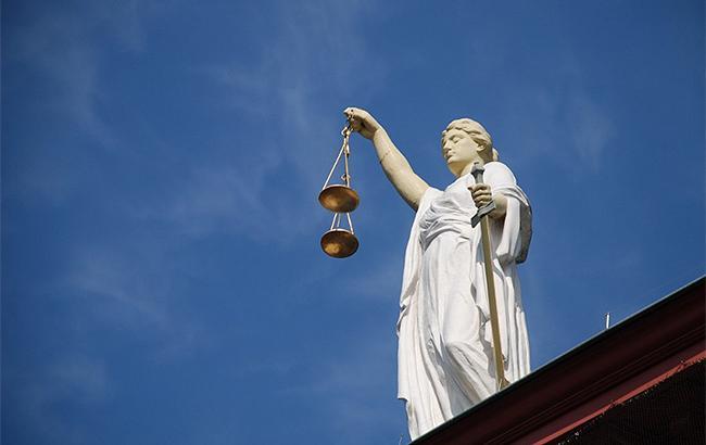 Совет общественного контроля при НАБУ просит Порошенко отозвать закон об антикоррупционном суде