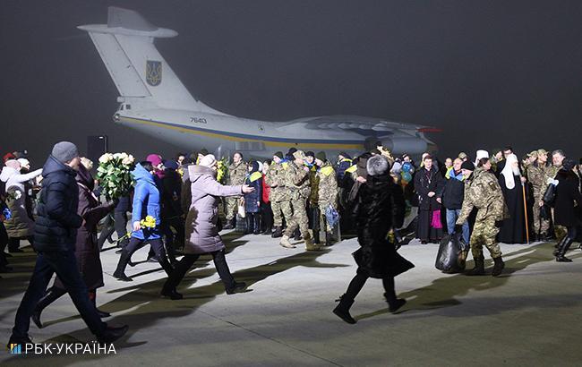 Освобожденные из плена на Донбассе получат по 100 тысяч гривен