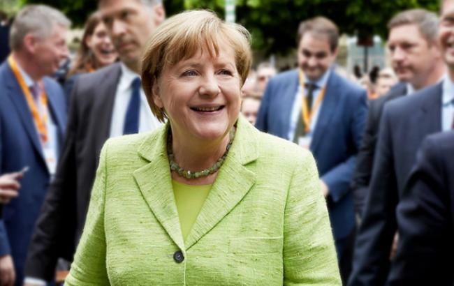 Меркель пообещала быстро сформировать стабильное правительство в 2018