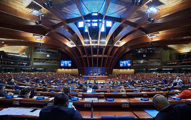 ПАСЕ приняла резолюцию о гуманитарной ситуации в Крыму и на Донбассе