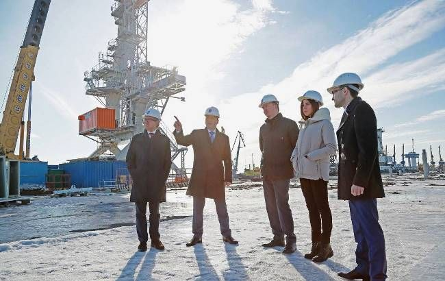 В Мариуполе лидеры партии «Основа» представили нового руководителя городской ячейки