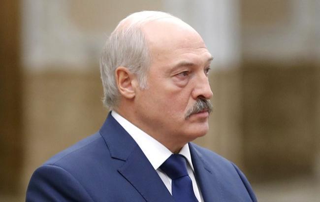 Лукашенко выступил против переноса переговоров по Донбассу из Минска