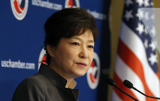 Экс-президенту Южной Кореи грозит 30 лет заключения