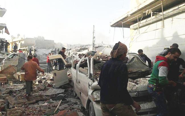 Франция призвала прекратить авиаудары в Сирии и открыть гуманитарные коридоры