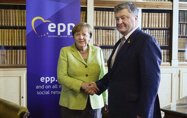 Порошенко надеется на поддержку Украины новым правительством Германии