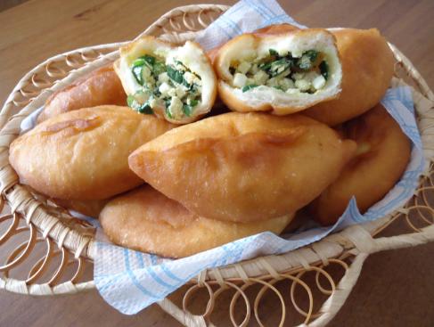 Рецепт слоеных пирожков с рыбой и грибами