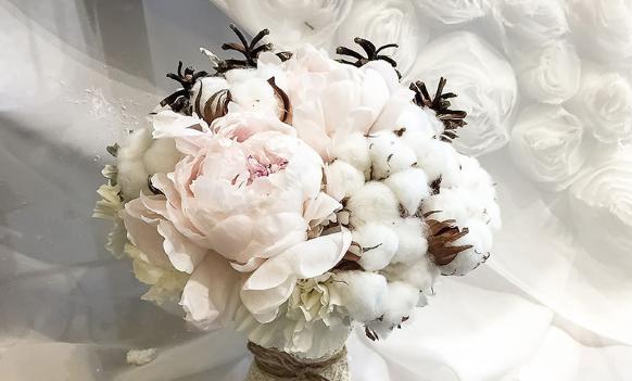 Пионы —  замечательный выбор для букета невесты