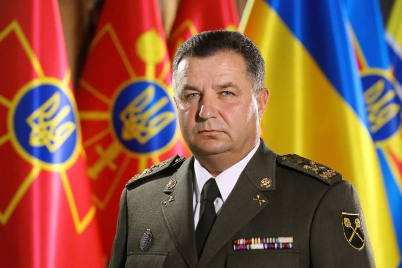 Полторак отчитался у Порошенко, как армия получает вооружение и технику