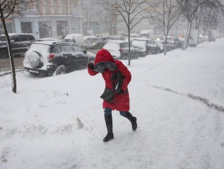 Над Украиной продолжает бушевать циклон Tete: синоптики уточнили погоду на сегодня