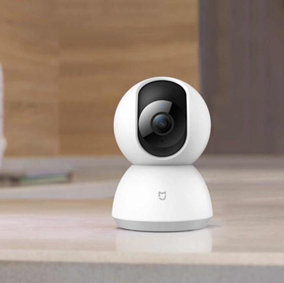 «Умная» камера с голосовым управлением может заменить стилиста