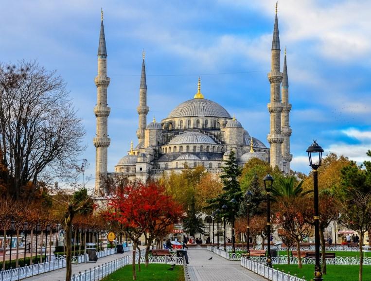 Турция за 5000 гривен: как экономно съездить в Стамбул