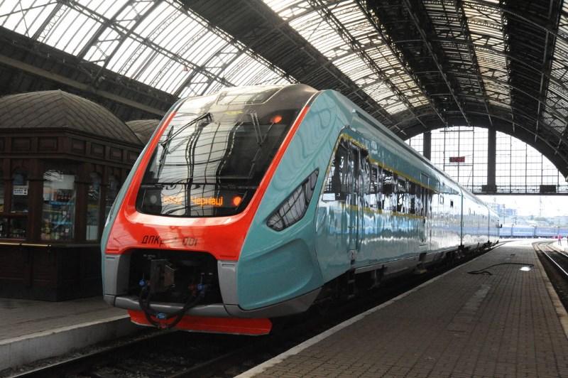 Поезд Мукачево-Будапешт отправится в первый рейс 9 декабря