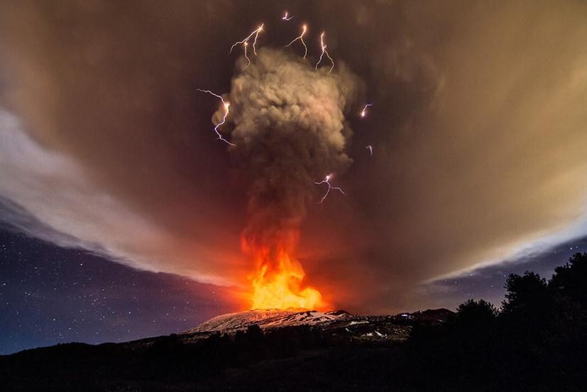 Проснулся еще один вулкан в Италии