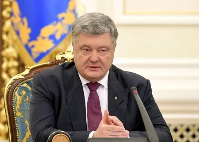 Порошенко: Сам Путин сравнил РПЦ с ядерным оружием