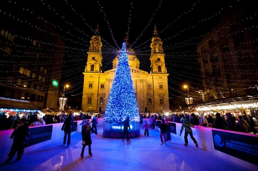 Салют и купальни под открытым небом. Как отметят Новый год в Будапеште