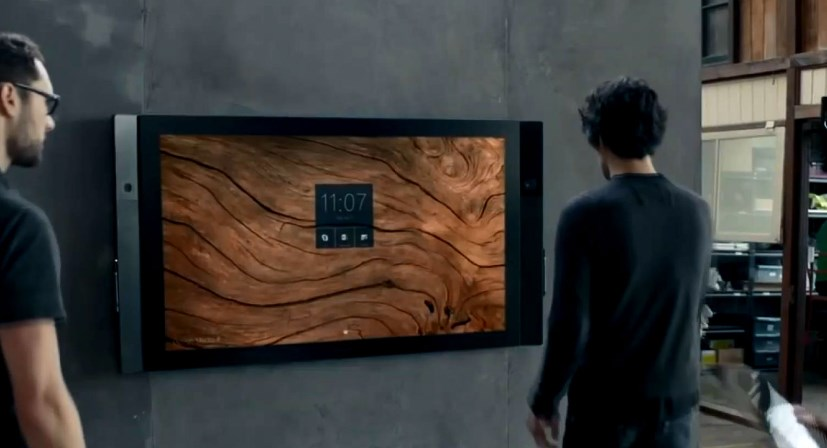 Планшет-гигант от Microsoft и Формула Е в виртуальной реальности