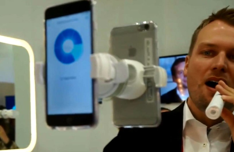 Изобретен новый вид Wi-Fi, «умная» зубная щетка будет следить за чисткой зубов