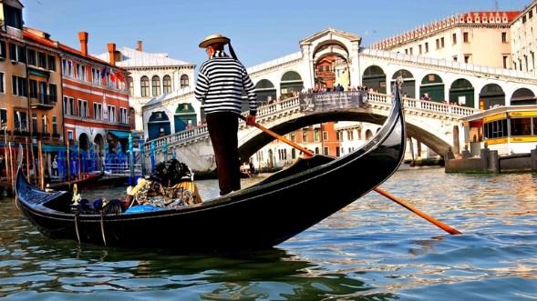 Путешественники назвали самые разочаровывающие туристические места