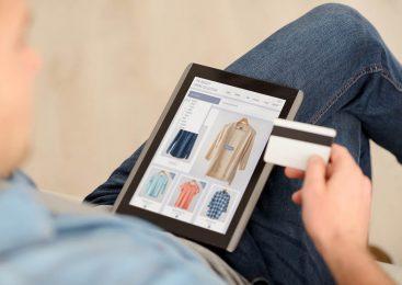 Торговля уходит в онлайн: что покупают украинцы в сети