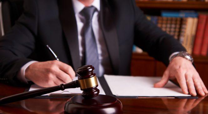 Квалифицированные услуги юриста консультанта обеспечит ЮК «Флагман»